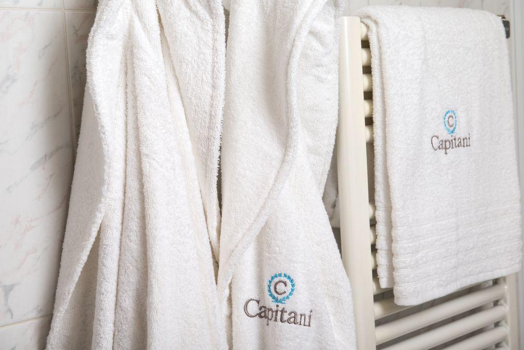 asciugamani-ricamati