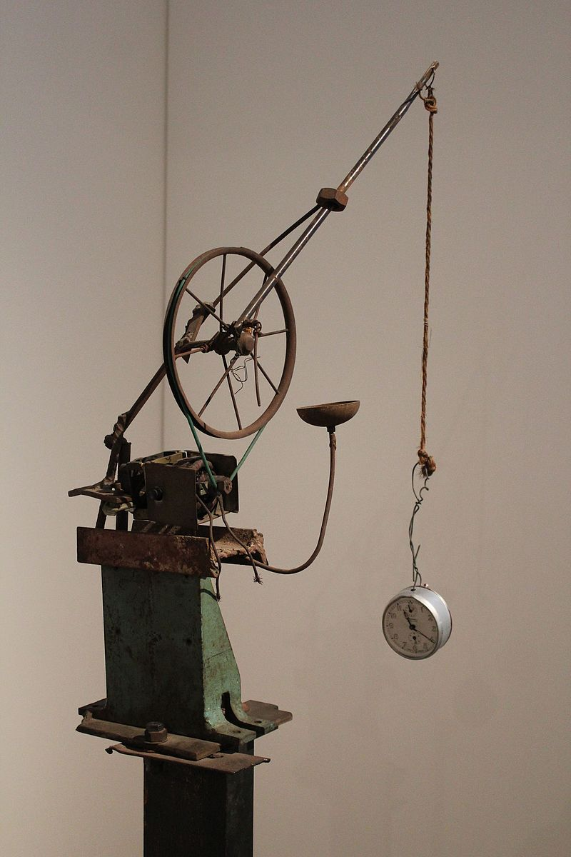 Una delle opere di Tinguely - Homage to New York