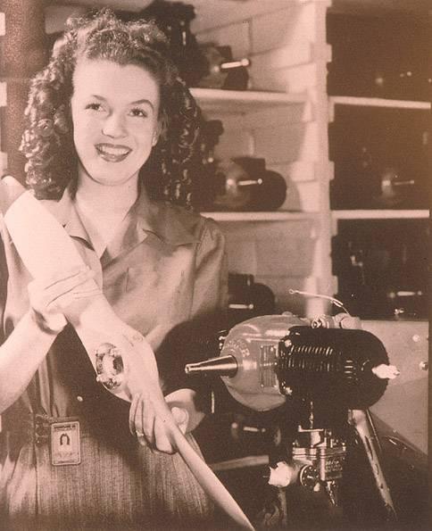 MarilynMonroe-YANK1945