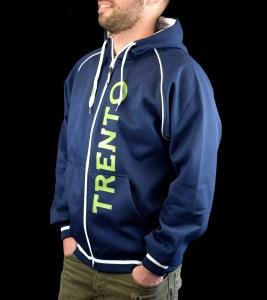 Felpa blu personalizzata per la prima squadra di AC Trento
