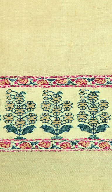 One of the first few Kashmir shawls acquired by Praful & Shilpa in the 1970's (TAPI COLLECTION)
