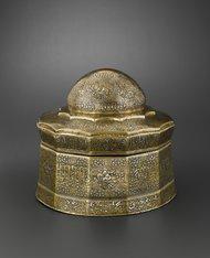 Hughes Dubois/Musée du LouvreA silver and gold inlaid casket, Iran, 14th-century