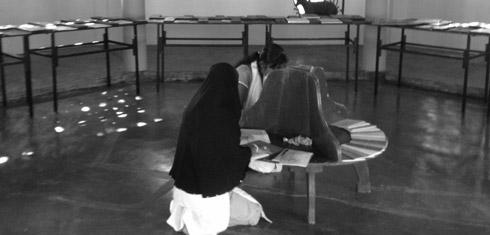 Open Edit: Mobile Library at Seva Christa Ashram, Jaffna, Sri Lanka, 2013. Exhibition view. Photo: Courtesy Raking Leaves