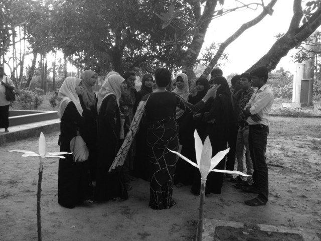 Opening of Open Edit: Mobile Library at Seva Christa Ashram, Jaffna, Sri Lanka, 2013. Photo: Courtesy Raking Leaves