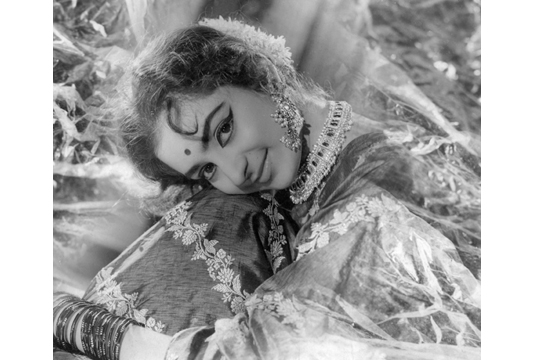 Portrait of the Actress Saira Banu, 1965. Image Credit: http://www.tasveerarts.com/group-shows/subjects-spaces/view-individual-images/?p=49