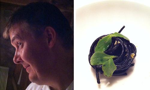 Spaghetti al nero di seppia con bottarga di trota. Crudità di cervo (foto sn) e Germinati di muschio, riso e trota fario. chef Alessandro Gilmozzi El Molin | ©foto Sandra Longinotti