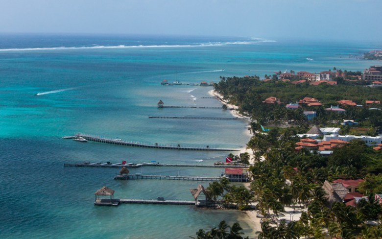 5-Reasons-to-invest-in-the-Thriving-Belize-Real-Estate-Market-01