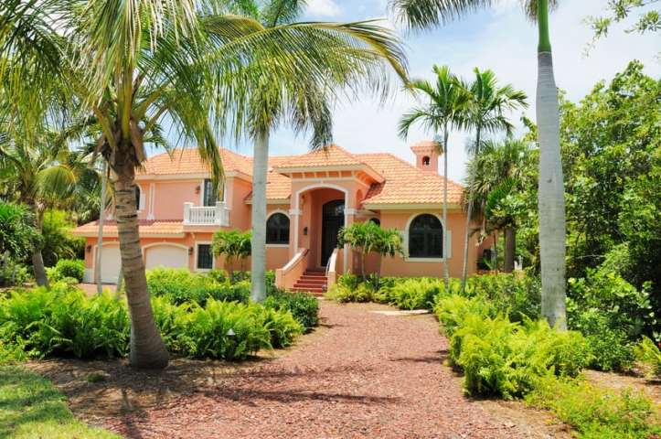 beautiful luxury golf course homes at lakewood ranch