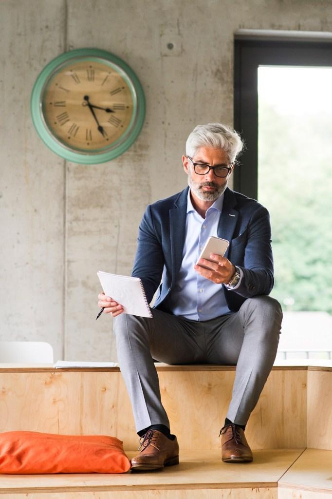 Homem de negócios - Roupas e sapatos para trabalhar