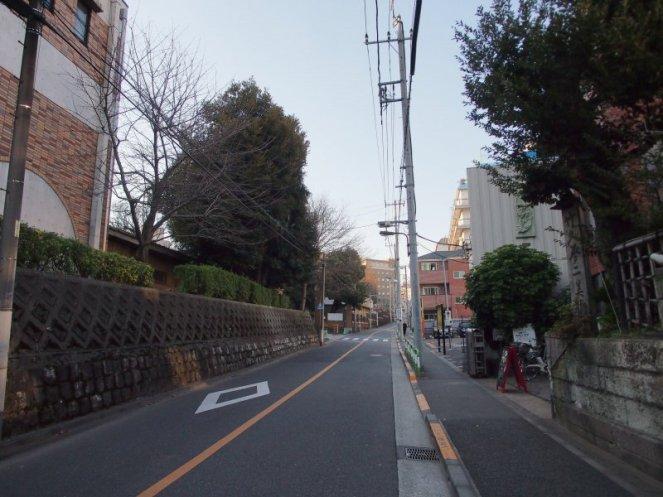 暗闇坂 (2)