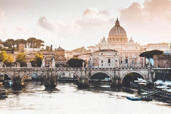 推薦義大利著名景點--聖彼得堡