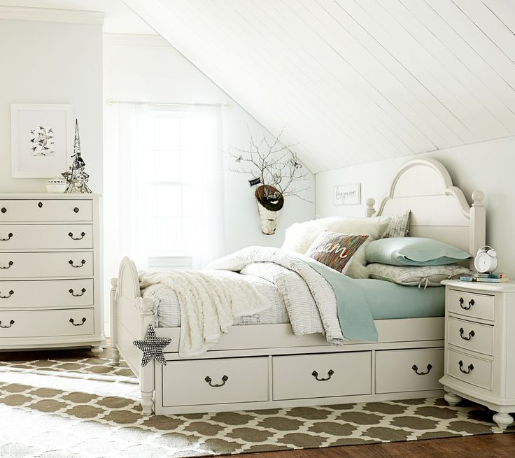 Decorating with White - Wendy Bellisimo Youth And Teen Collection at Schneiderman's Furniture