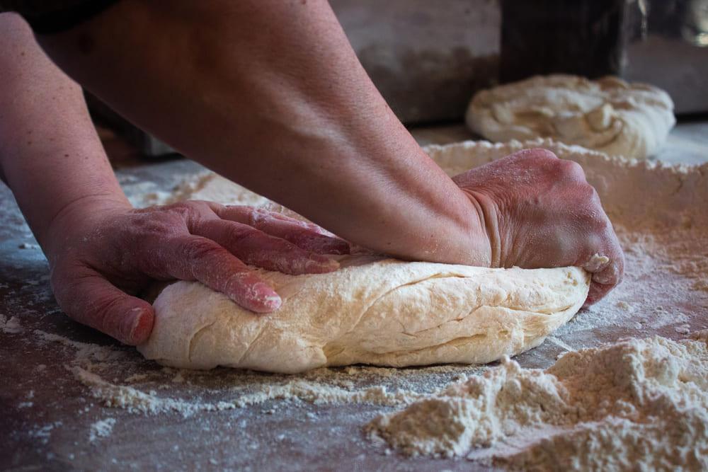 Principios elementales sobre el amasado del pan