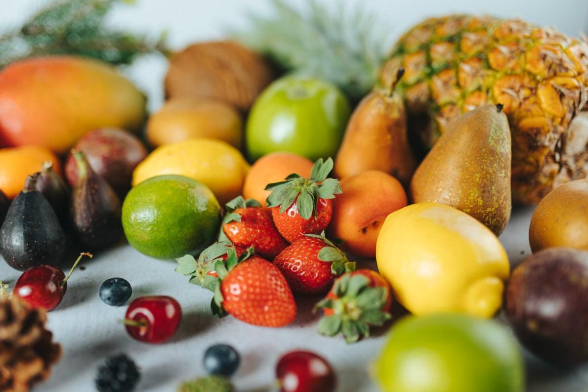 Ventajas de ofrecer postres con fruta natural frente a la deshidratada