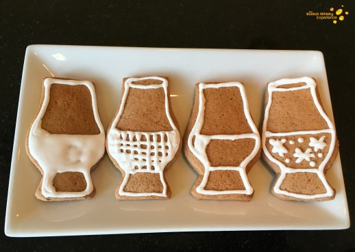 Glencairn whisky glass-shaped gingerbread - Scotch Whisky Experience blog