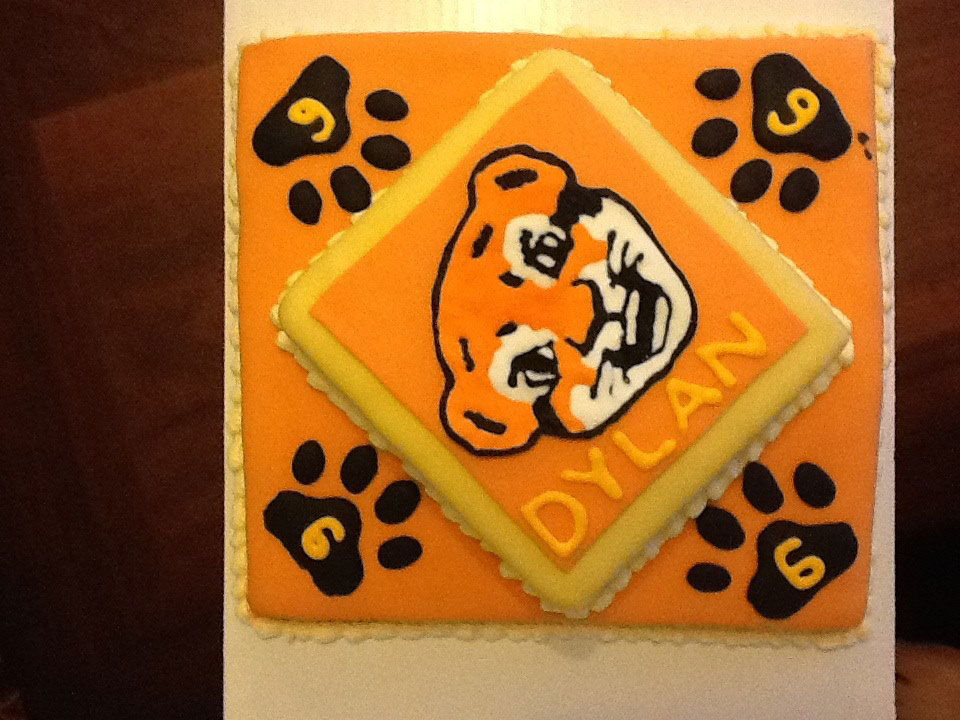 1 Tiger Cub Cake