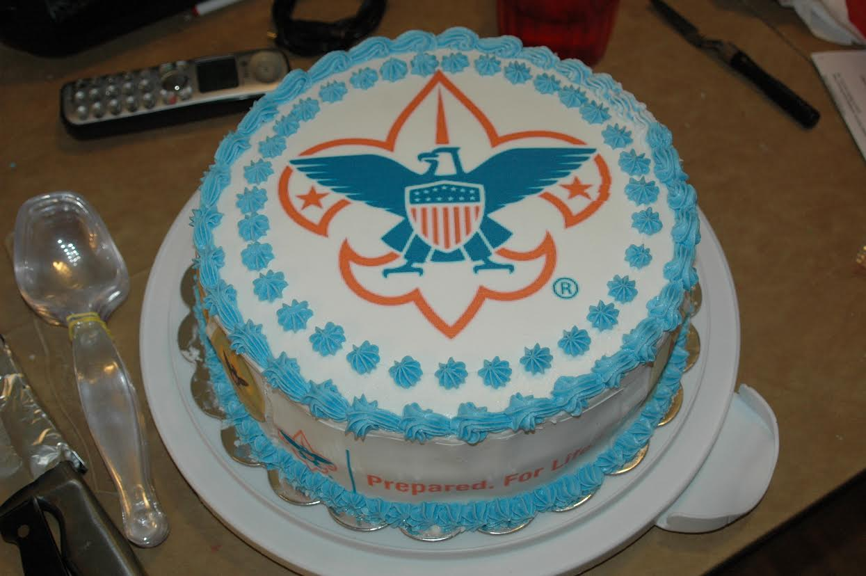 18 BSA Logo Cake