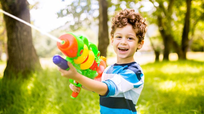 Water Guns OK For Scouts To Shoot At Targets Only - This is the worlds biggest super soaker and it shatters windows