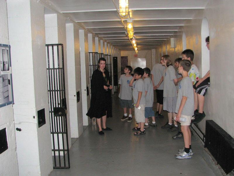7-Canada-jail