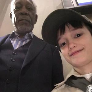Morgan-Freeman-selfie-with-Boy-Scout