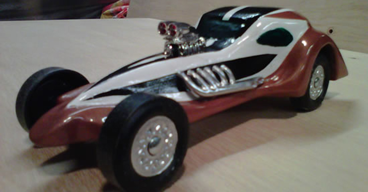 A parent helped build that Pinewood Derby car?