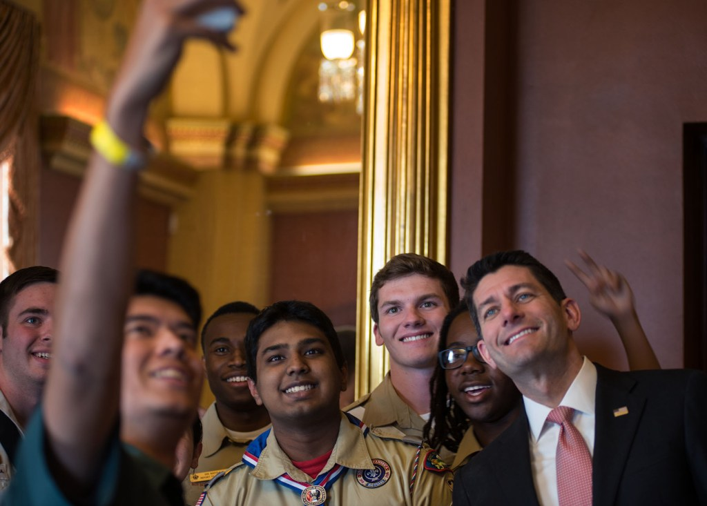 Scouts-take-selfie-with-Paul-Ryan