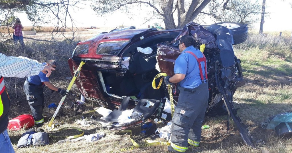 'We got this': Mother-son duo first on scene of horrific highway accident