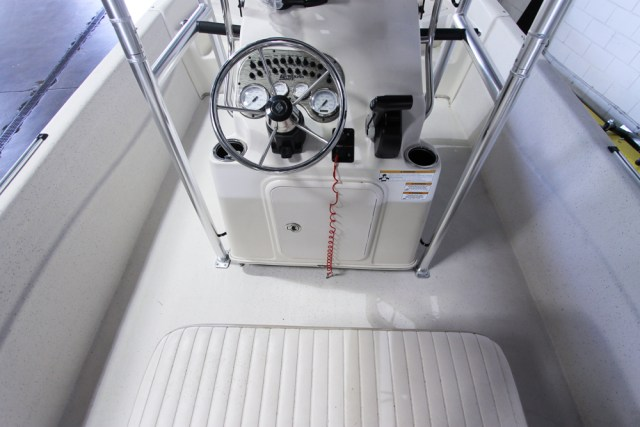 2014 Carolina Skiff DLV 198-2