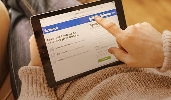 Descubra os riscos de postar nas redes sociais e veja como se prevenir