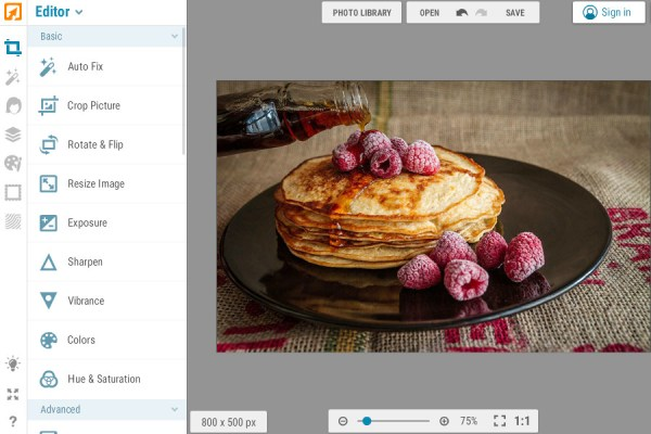 Edit photos online with iPiccy