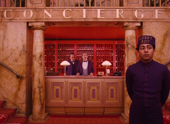 grand-budapest-hotel-concierge-desk