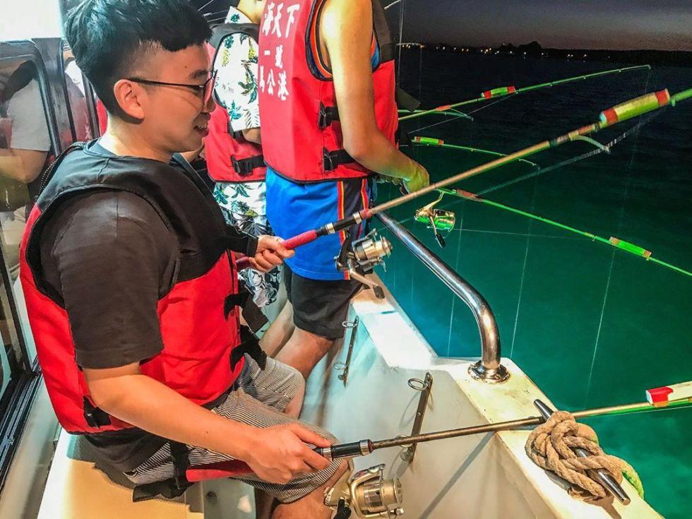 澎湖出發夜釣小管體驗|東南旅遊