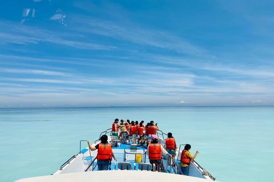 龜山島牛奶湖|東南旅遊