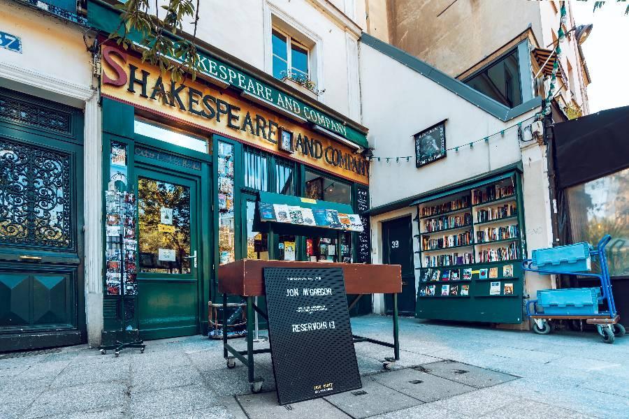 愛在日落巴黎時:法國莎士比亞書店|東南旅遊