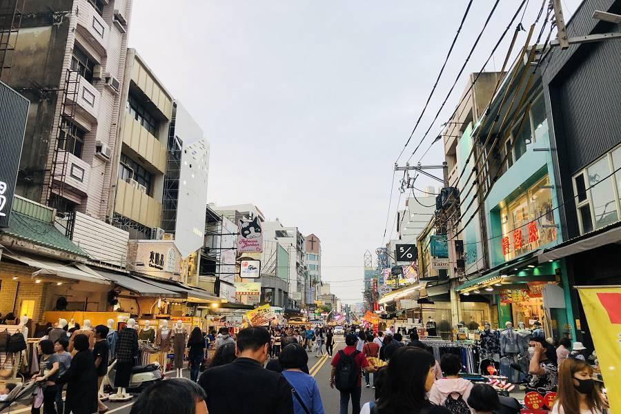 嘉義文化路夜市|東南旅遊