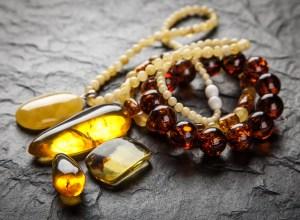 pendentif pierre ambre