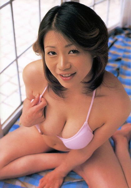 Japanese AV idol and actress Maki Tomoda