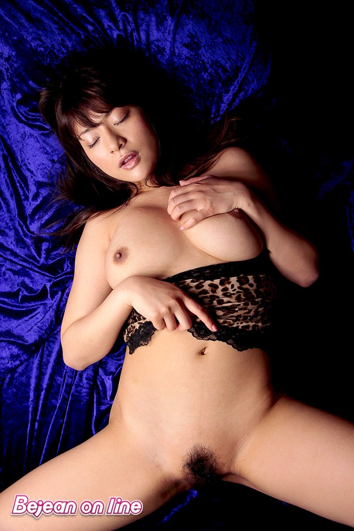 Japanese-former-gravure-idol-Megu-Fujiura-024-from-sexvcl.net_ Japanese former gravure idol Megu Fujiura めぐり leaked nude sexy