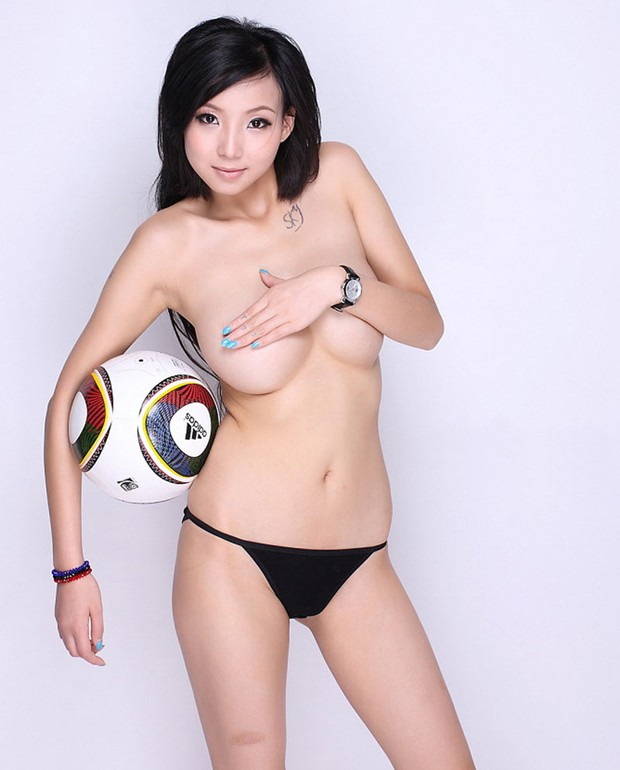 Chinese-Big-tits-model-Yi-Yi-www.sexvcl.net-001 Chinese Big tits model Yi Yi 依依 naked sexy photos