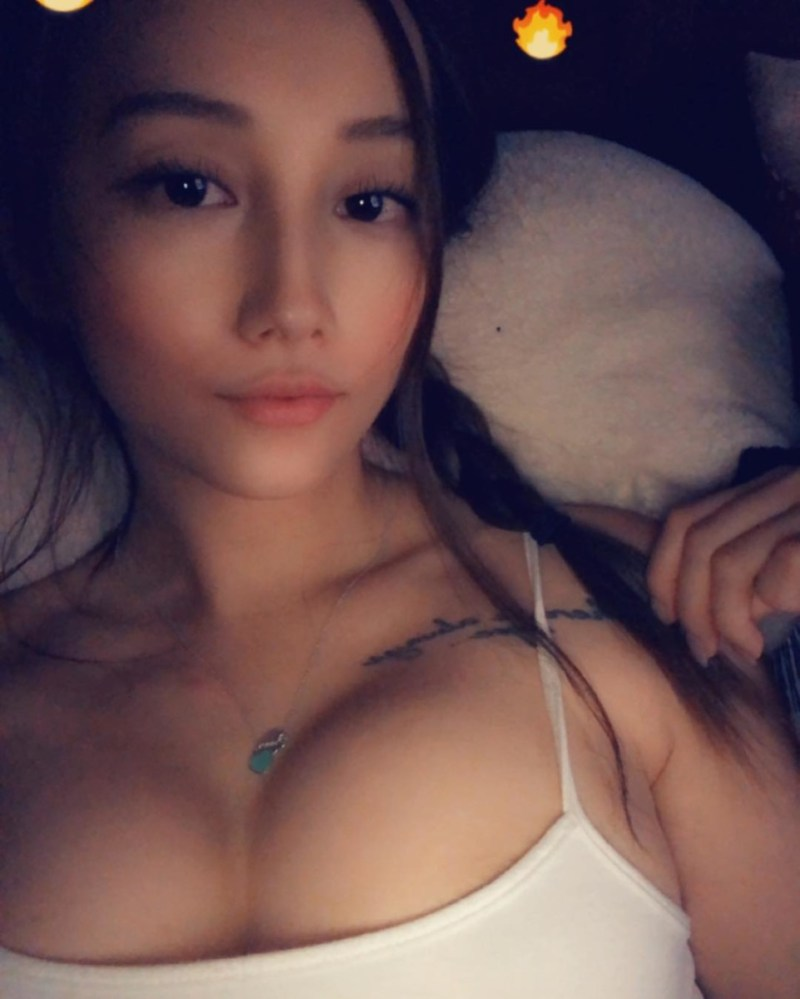 Hmong-model-Zoey-Lee-nude-sexy-leaked-www.sexvcl.net-026 Hmong model, cosplayer, gamer Zoey Lee nude sexy leaked