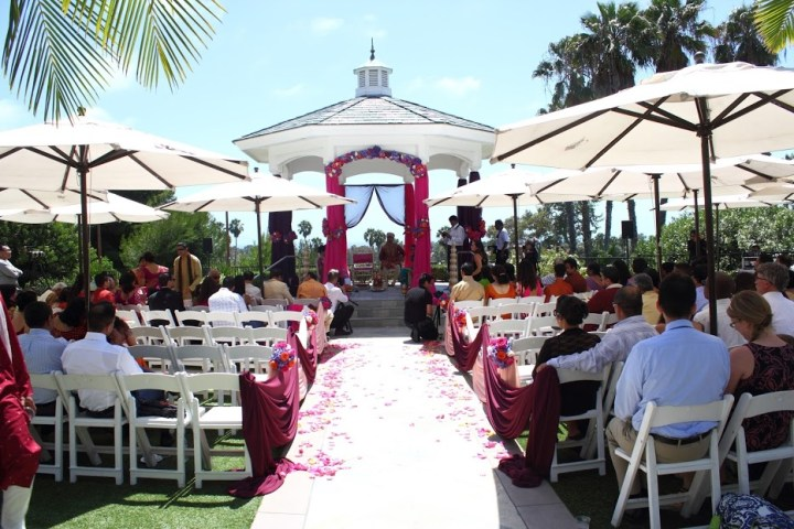 Newport-Beach-Marriott-Rose-Garden-Indian-wedding-ceremony-mandap-gazebo-decor-fire