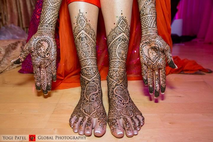 Bridal mehndi on the bride's feet