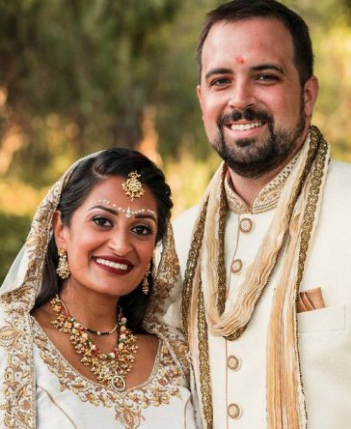 lehenga-Indian-wedding-Hindu-Gujarati-Irvine-Bindi-tikka