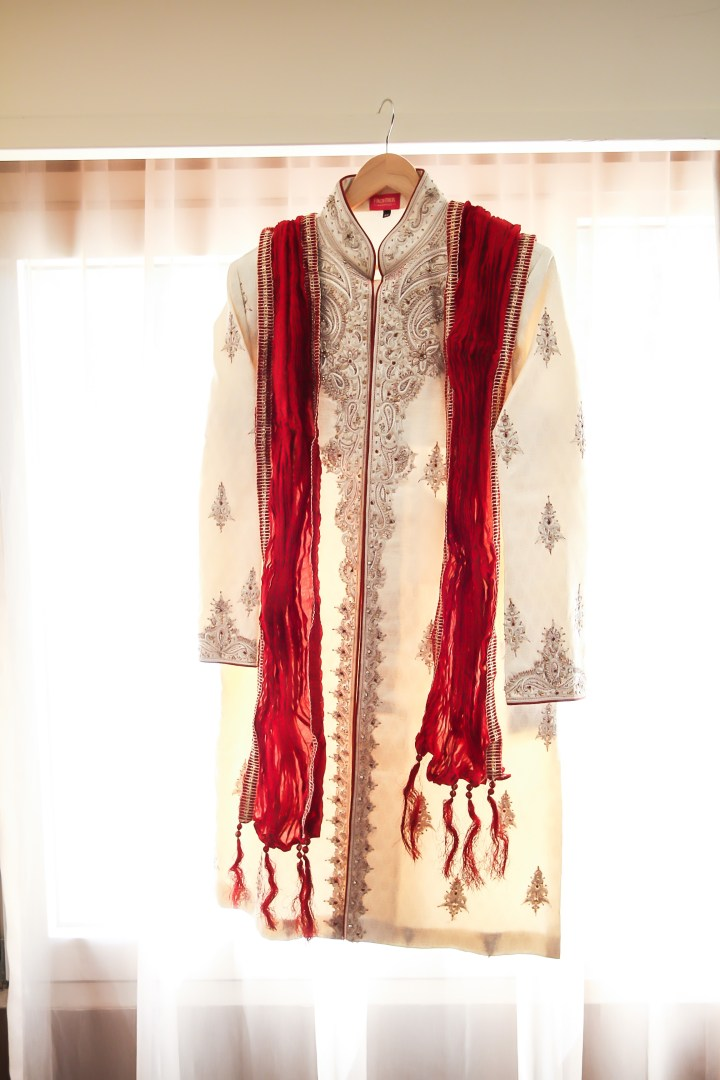 Rakhee-Amrish-gift-exchange-Indian-wedding-venue-photography-Greycard-Hindu-outdoor-dresses-bride-groom-vineyard-South-Asian-wedding-sherwani-frontier-artesia