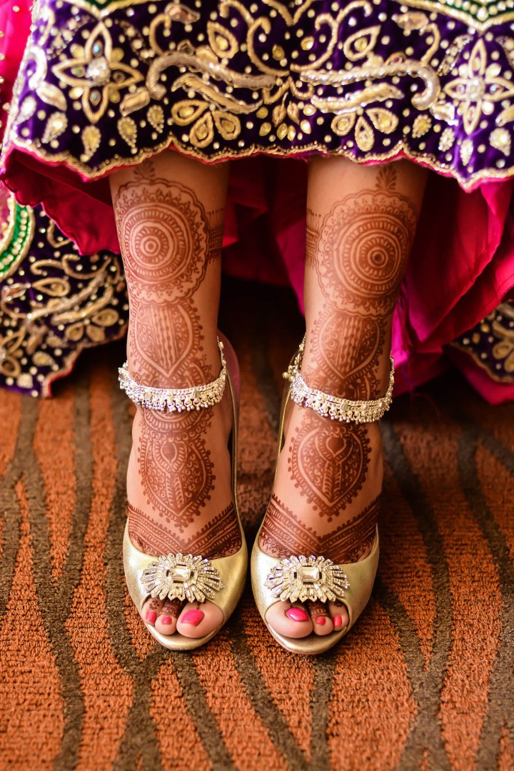 Sonia-Sunny-Indian-wedding-venue-mehndi
