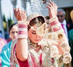 James-Thomas-Long-Photography-bride-throwing-rice-vidai