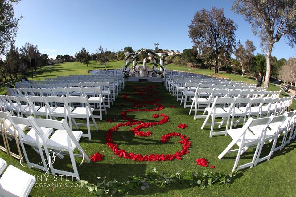 Indian wedding ceremony in the Lawn at Porter Valley Country Club in Northridge