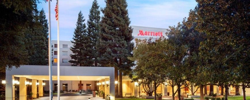 1-San-Ramon-Marriott-Indian-wedding-venue-oaksr-exterior-0090-hor-feat