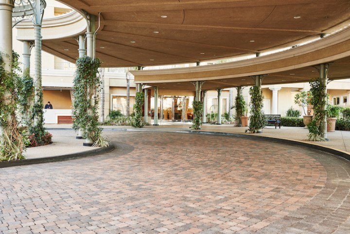 porte cochere at Balboa Bay Resort