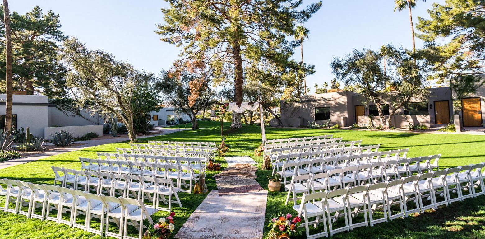 Andaz Scottsdale Resort & Bungalows chiavari chairs at outdoor wedding ceremony